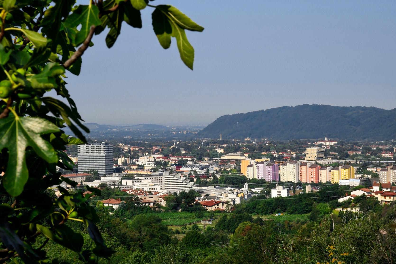 OKOLICA-Pogled na Novo Gorico, hrib Kekec